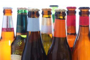 カラフルなビール瓶